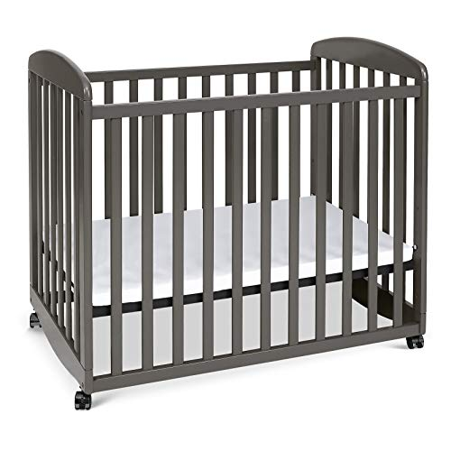Davinci Alpha Mini Rocking Crib in Slate, Removable Wheels, Greenguard Gold Certified